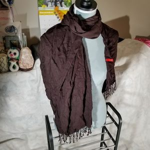 😍 5 for $25 / Maroon Scarf Wrap w/ Laced Ends